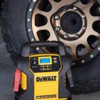 DEWALT DXAEJ14 Digital Portable Power Station Jump Starter-5