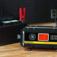 STANLEY BC15BS Fully Automatic 15 Amp 12V Bench Battery Charger-1