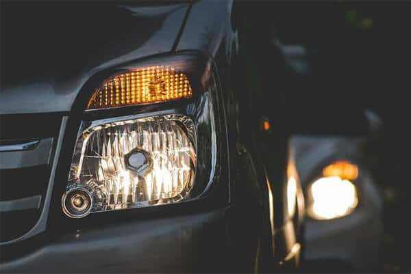 Dimming car headlights